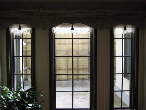 玄関から中庭1-thumb-500x375